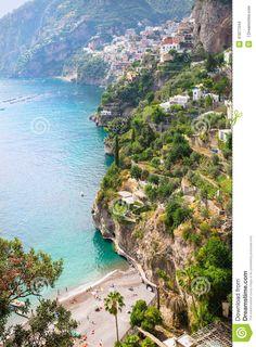 Vista Della Spiaggia Di Arienzo E Di Positano, Costa Di Amalfi, Italia - Scarica tra oltre 60 milioni di Foto, Immagini e Vettoriali Stock ad Alta Qualità . Iscriviti GRATUITAMENTE oggi. Immagine: 41871344