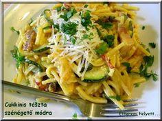 Penne, Mozzarella, Spaghetti, Ethnic Recipes, Food, Hands, Lasagna, Essen, Meals