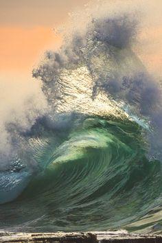 福美楽 fukumiraku Water Waves, Sea Waves, Sea And Ocean, Ocean Beach, Sunset Beach, All Nature, Amazing Nature, Waves Photography, Nature Photography