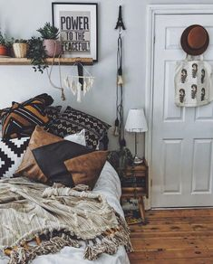 41 Amazing Boho Bedroom Design Ideas is part of Bedroom vintage - A bedroom is the most soothing place of our home Be it, small or large, it gives you the most […] Vintage Bedroom Styles, Bedroom Vintage, Vintage Teenage Bedroom, Teenage Girl Bedrooms, Girls Bedroom, Girl Room, Boho Teen Bedroom, Tribal Bedroom, Gypsy Bedroom