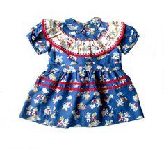 VINTAGE 50's / enfant / robe / coton bleu par Prettytidyvintage, €50.00