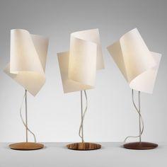 Tischleuchte mit Pfiff - Fuß Buche - Höhe 45cm Holz/Papier, Buche