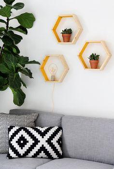 » MY DIY | Hexagon Shape Shelves