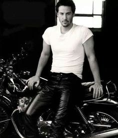 Keanu Reeves, male, actor, celeb, famous, photography, black and white, wheels, bike, hot pants, sexy guy