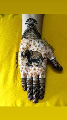 Baby Mehndi Design, Round Mehndi Design, Legs Mehndi Design, Back Hand Mehndi Designs, Latest Bridal Mehndi Designs, Mehndi Designs Book, Mehndi Designs For Girls, Mehndi Design Photos, Unique Mehndi Designs