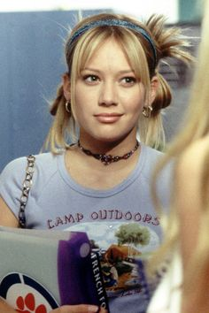 This Throwback Lizzie McGuire Beauty Tutorial Will Make Your Day