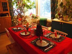 Vibrant Red Gold Christmas Dinner Table Decorations Feats Red Table Sheets On Wooden Table For 6 With Red Napkins And Golden Christmas Branches With Christmas Balls Decoration 4032×3024 Christmas dinner table decorations