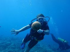 scuba diver girls are diving with us in 2011