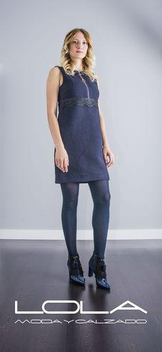 Deslumbra este otoño con tus vestido TWIN SET. Pincha este enlace para comprar tu vestido en nuestra tienda on line: http://lolamodaycalzado.es/otono-invierno-2016/852-vestido-twin-set-en-azul-marino.html