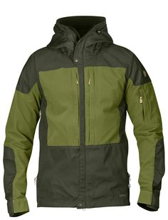 4a4c594230e Jacket Details and Sizing Well-ventilated outdoor jacket for long mountain  treks in varying terrain
