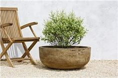 Buy Mesa Planter (Large) online with free shipping from thegardengates.com