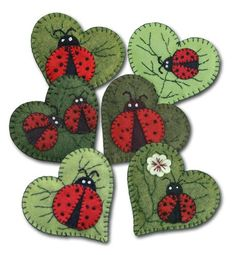 Lumenaris Ladybug Garden Ornament Wool Felt Kit Set Of 6 by happyvalleymercantil on Etsy Felt Embroidery, Felt Applique, Applique Ideas, Fabric Crafts, Sewing Crafts, Sewing Projects, Felt Projects, Felt Christmas Ornaments, Christmas Tree