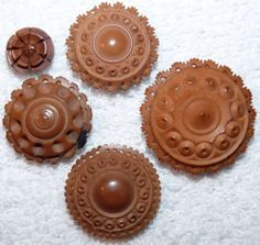 ¤ Antique Highly Carved Lacey Vegetable Ivory Buttons