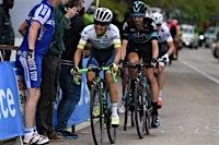 Giro d'Italia 2016  Stage 16 Chaves followed by Christian Kneess