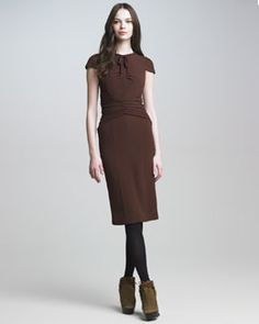 B1UXB Burberry Prorsum Tie-Neck Crepe Dress