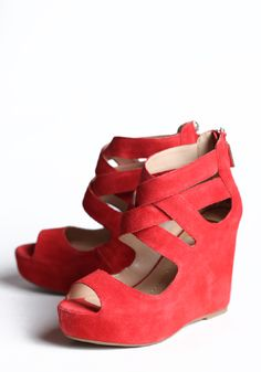 BRIGHT WEDGES :}} How awesome is that? <3