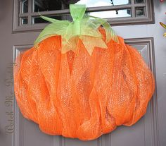 Glitter Mesh Pumpkin Wreath