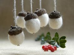 White felted acorn tree hanging Christmas decoration set of 5 ornaments - gifts under 15