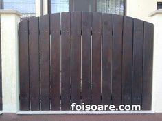Garduri din lemn cu lamelele verticale, model gard lemn