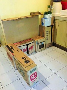 ad diy cardboard kitchen recycle for your toddler 02