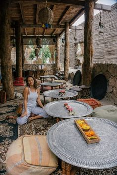 7 places that you need to eat at in Tulum, Mexico! Cozumel, Cancun, Tulum Mexico Resorts, Akumal Mexico, Talum Mexico, Decoration Restaurant, Deco Restaurant, Restaurant Design, Chill Restaurant