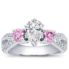 Love. Would be absolutely perfect with a princess cut center stone <3