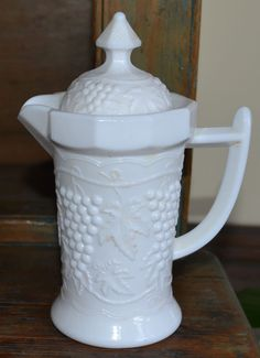 Imperial IG Milk Glass Grape & Cable syrup Pitcher with Lid 8 sided Cream #Imperial