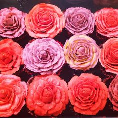My favourite favourite favourite thing! Buttercream roses ❤️❤️🌹🌹The best kind of bouquet to receive, delectable buttercream rose cupcakes 💐… Buttercream Roses, Bouquet, Cupcakes, My Favorite Things, Flowers, Plants, Cupcake Cakes, Bouquet Of Flowers, Bouquets