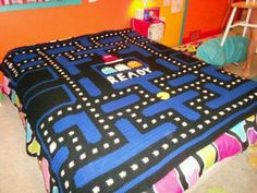 Retro in Bed (Pac-Man)