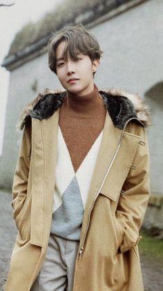 Read Characters from the story Stupid Alpha K. Gwangju, Foto Bts, Bts Photo, Jung Hoseok, J Hope Dope, Bts Jungkook, Taehyung, K Pop, J Hope Tumblr