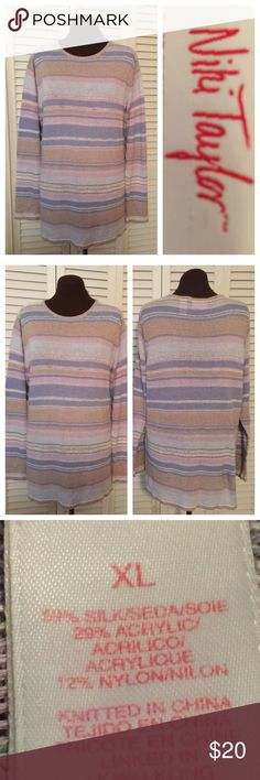Awesome stripe Sweater One of those oh so cozy sweaters for cool fall days as well as cold winter days.  Soooo comfortable loved but great condition. Niki Taylor Sweaters Crew & Scoop Necks