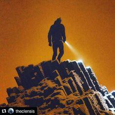 Unterwegs in der Böhmischen Schweiz #elbsandsteingebirge #boehmischeschweiz  #labsképískovce  Exploring the unknown. Yeah the light pollution is actually this bad and it was pretty fogged up. But i think it kind of looks like Mars or something #Repost @theclensis