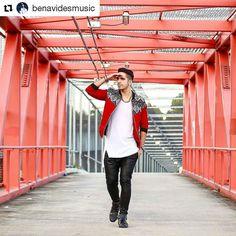 #Repost @benavidesmusic (@get_repost)  Con la mirada fija en lo que quiero DETERMINADO a conseguirlo y acelerando a cada paso que doy... #Indetenible . Foto del crack @MagoVisual