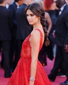 — Sara Sampaio at 'Ismael's Ghosts' screening and Opening Gala during the 70th annual Cannes Film Festival . . . . #Taylor #TaylorHill #Hill #Sara #Sampaio #SaraSampaio #VS #VictoriasSecret #AngelTaylor #AngelSara #AngelTaylorHill #AngelSaraSampaio #VSAngels #VictoriaSecretAngels #Victorias #Secret #Angel #follow4follow #like4like #share4share