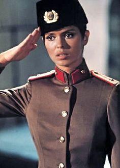 Barbara Bach est le Major Anya Amasova (1977) - L'Espion qui m'aimait (The Spy Who Loved Me)
