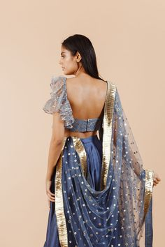6 Indian Blouse Designs That Make For Perfect Bridal Inspiration For You, Straight Off The Runway Sari Blouse Designs, Fancy Blouse Designs, Lehenga Designs, Indian Bridal Outfits, Indian Designer Outfits, Designer Dresses, Stylish Blouse Design, Saree Look, Traditional Outfits