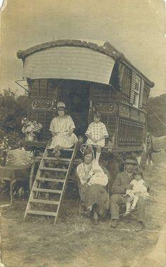 I'd love to know their story. Gypsy Trailer, Gypsy Caravan, Gypsy Wagon, Gypsy Decor, Bohemian Gypsy, Gypsy Life, Gypsy Soul, Old Pictures, Old Photos