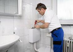 Toiletten sind in der Regel mit einem Spülkasten ausgestattet, der mithilfe von einem Schwimmer dem Spülen der Toilette dient. Die Toilette ist anders als früher heutzutage in jedem Haushalt vorhanden und wird als selbstverständlich angesehen. Wir haben sogar den Luxus, die Art, Form und Farbe der Toilette auszuwählen und diese individuell zu gestalten. Wir werden Ihnen hier mehr darüber erzählen, wie Sie den sauberen Zustand Ihrer Toilette auch über lange Zeit erhalten können. Schwimmer, Toilet Paper, Cabinet, Storage, Furniture, Home Decor, Pipes, Luxury, Cleaning