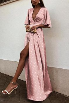 Sexy V Neck Wave Point Short Sleeves Maxi Dress – modewish maxi outfit ideas,maxi dress style,maxi dress ideas,long maxi dress Short Beach Dresses, Spring Dresses, Women's Dresses, Fashion Dresses, Dresses Online, Long Dresses, Elegant Dresses, Wedding Dresses, Casual Dresses