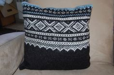 Marius pillow . Color grey