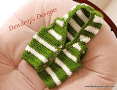 DewDrop's Designs: Green and White Striped Sweater