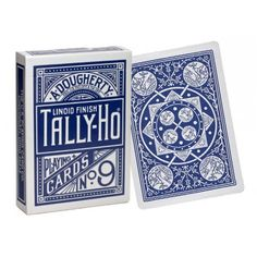 Cartile de joc Tally Ho acum si in varianta Fan Back! Design special, calitate si durabilitate de inalt nivel.