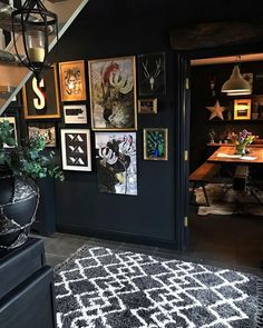 Next Post Previous Post 33 Amazing Black Walls Interior Design Ideas Next Post Previous Post Black Rooms, Black Walls, Casa Milano, Interior And Exterior, Interior Design, Interior Walls, Bohemian House, Style Deco, Dark Interiors