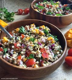 Buckwheat Tabbouleh - a wheat-free alternative to the traditional Mediterranean dish. A great lunch box and meal prep idea! Gluten free. Vegan. www.rawmanda.com