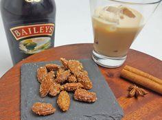 Mandler - Baileys Dessert Drinks, Desserts, Baileys, Chai, Diy And Crafts, Almond, Tasty, Breakfast, Sweet