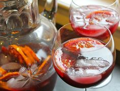 Best Red Wine Sangria | HelloNatural.co