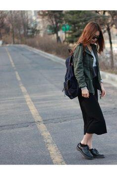 Black-dr-martens-boots-dark-green-forever21-jacket-black-lotini-skirt