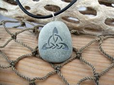 CastaStone - Artfire.com   Triquetra Celtic Triple Knot - Marthas Vineyard Beach Stone Pendant