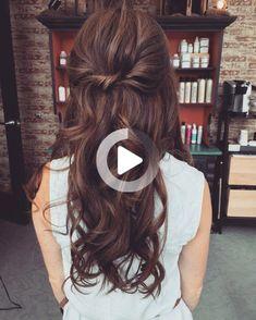 pretty loose waves by Katie Blasius #weddinghairsimple Loose Curls Hairstyles, Easy Hairstyles For Long Hair, Wedding Hairstyles, Wedding Hair Brunette, Brunette Hair, Loose Waves Hair, Dreadlocks, Long Hair Styles, Pretty