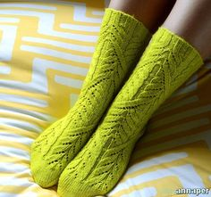 Описание вязания носков спицами